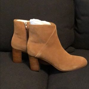 NEW ~ Out of the box ~ Soludos Brown Suede Bootie